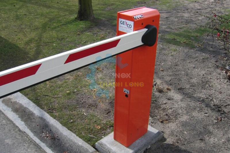 Barrier tự động FAAC 615